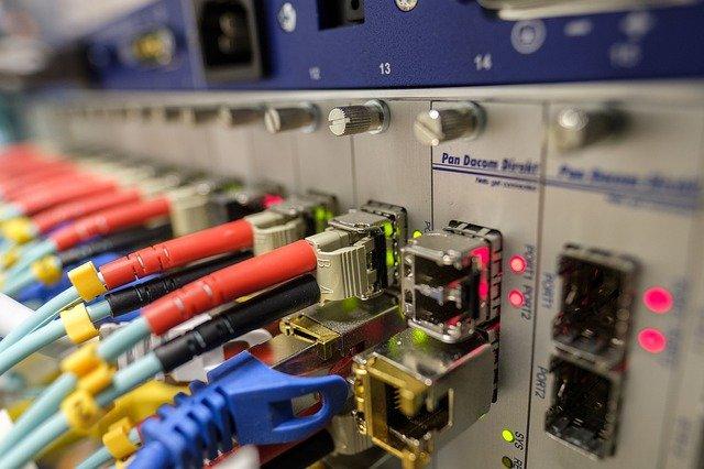 fiber-optic-4393369_640